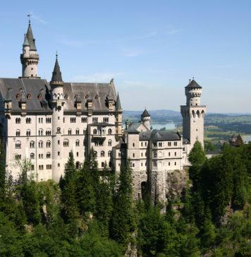 Castle_Neuschwanstein_md