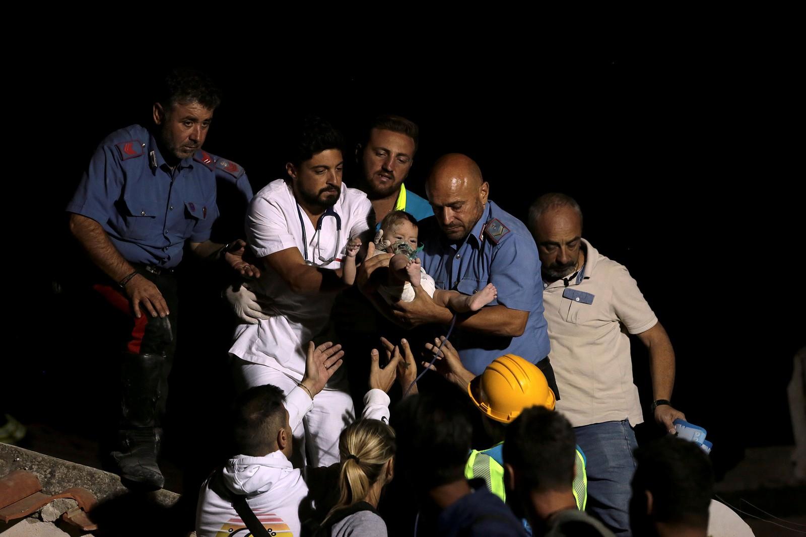 Tremor de magnitude 4.0 atingiu a ilha de Ísquia, na segunda-feira (21) – Itália